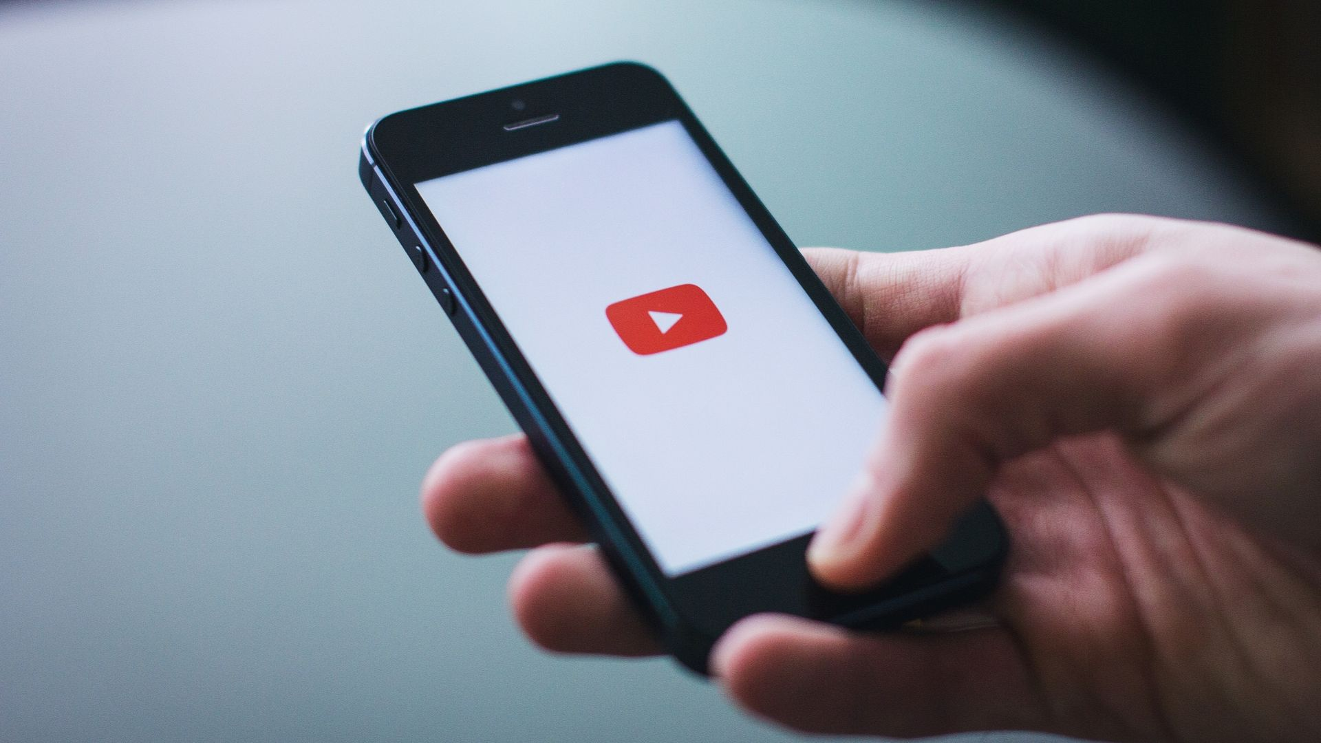 5 Simple Steps to Make Your YouTube Channel Look Great
